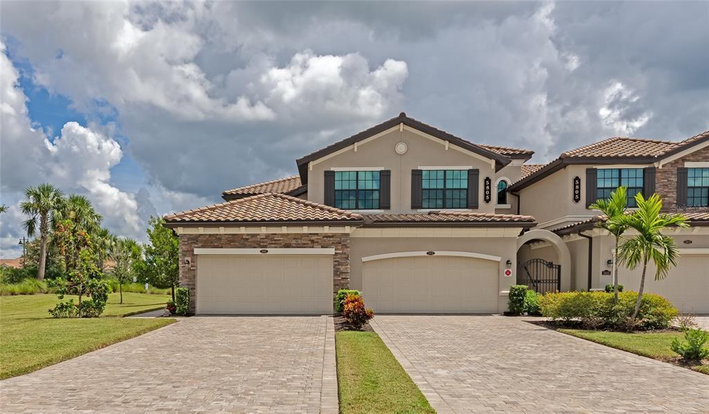A4512653 Property Photo